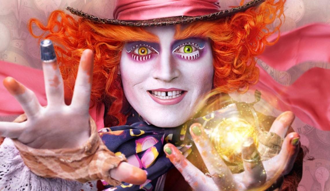 Alice Attraverso Lo Specchio: il nuovo spot in acido con Pink e White Rabbit